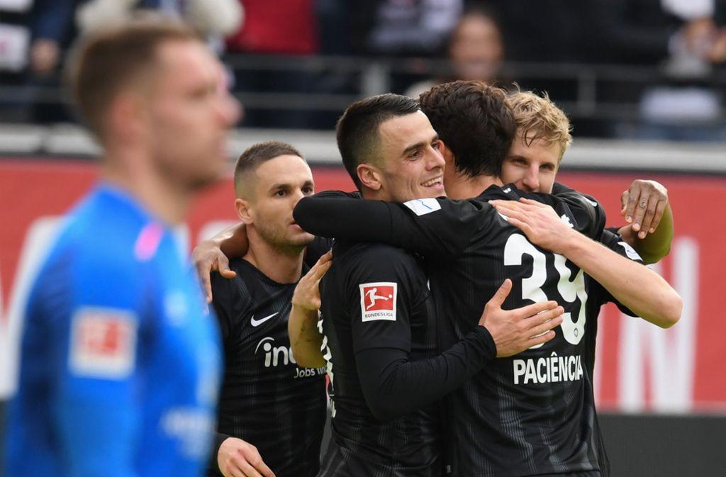 Jubel bei Ex-VfB-Spieler Filip Kostic und Eintracht Frankfurt Foto: dpa