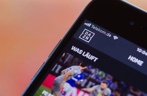 So können Fans den VfB Stuttgart am Abend live verfolgen