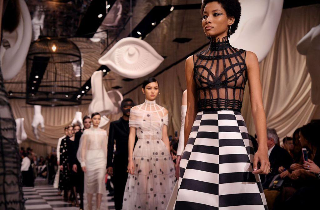 Bei der Fashion Week in Paris zeigte Designerin Maria Grazia Chiuri, was in ihr steckt. Foto: Getty Images Europe