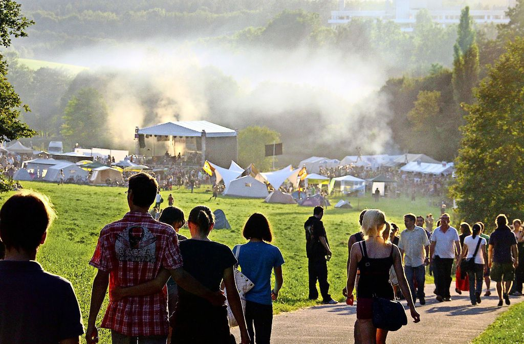 Musik, Politik, Kinderprogramm: Bis zu 3500 Menschen gleichzeitig waren in den vergangenen Jahren beim Umsonst & Draußen am Pfaffenwald. Foto: factum/Archiv