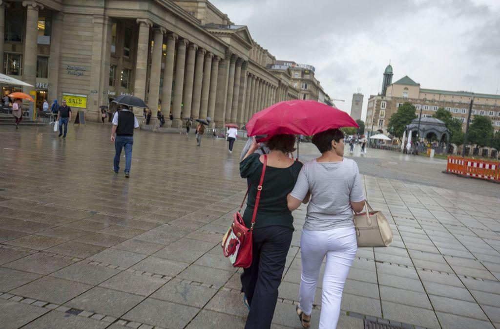 Regen ade: Auch in Stuttgart soll das Wetter zum Wochenende besser werden. Foto: Lichtgut/Leif Piechowski