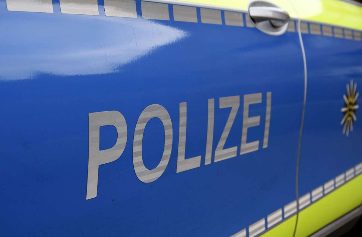 Die Polizeibeamten untersagten dem 36-Jährigen die Weiterfahrt. Foto: Eibner-Pressefoto/Fleig