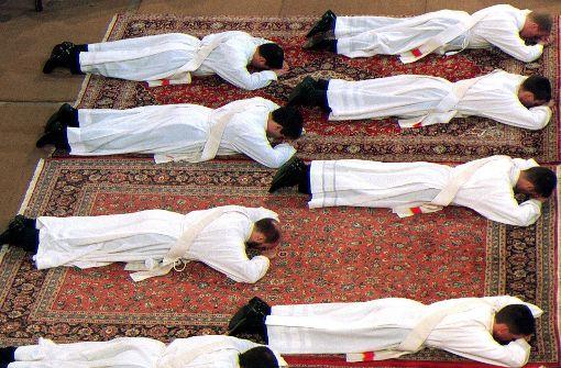 Priester sollen heiraten dürfen