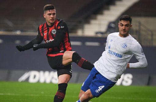Rückkehrer Jovic trifft doppelt: Eintracht gewinnt  gegen Schalke