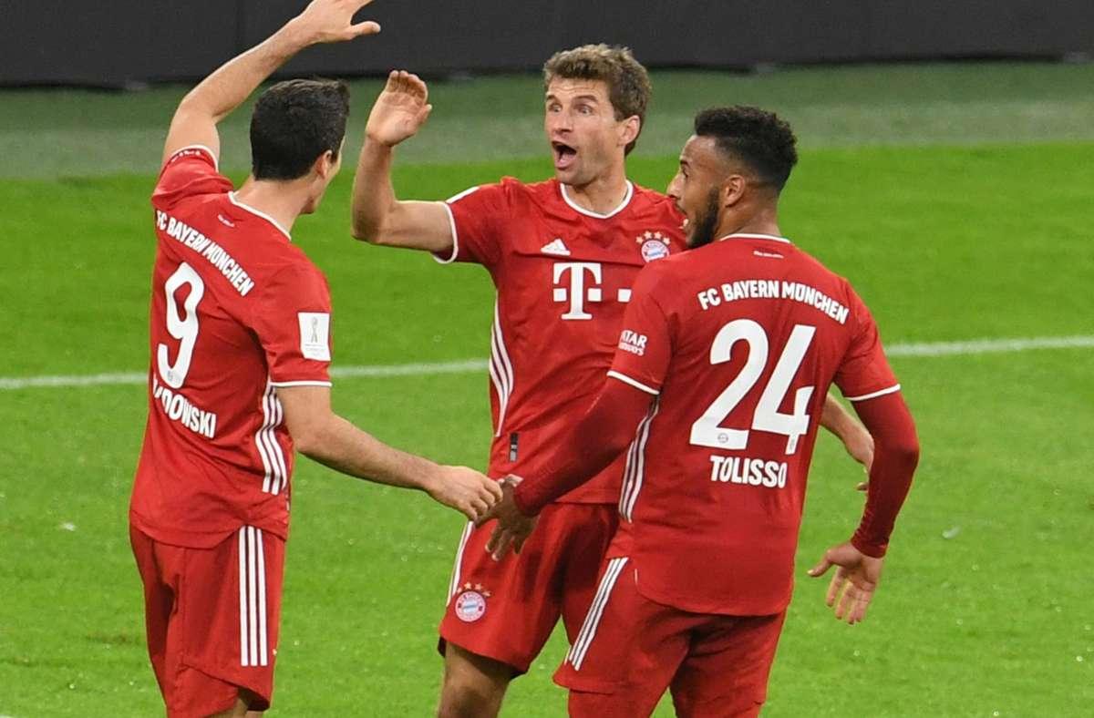Die Bayern um Thomas Müller (Mitte) haben den Supercup gewonnen. Foto: dpa/Andreas Gebert