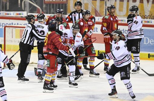 Eishockey-Profis brauchen nach  Derby-Pleite Polizeischutz