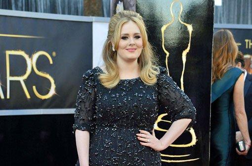 Adele schützt ihren Sohn Angelo