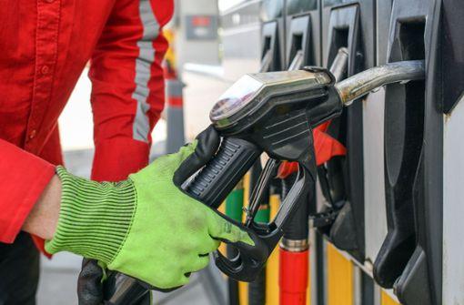 Benzinpreis auf Vierjahrestief