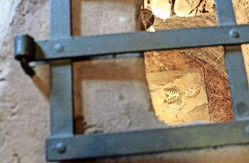 Kerker-Haft im Roten Turm