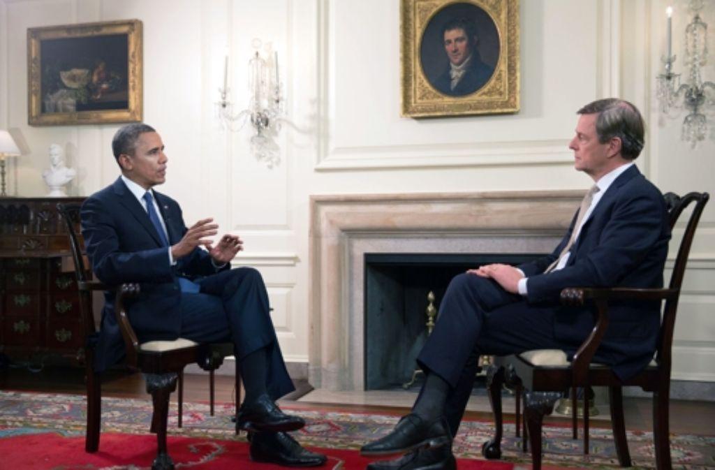 Vergangenes Jahr interviewte Claus Kleber (rechts) US-Präsident Barack Obama. Foto: ZDF/Lawrence Jackson