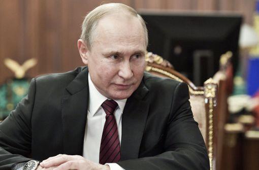Neue russische Regierung mit alten Außen- und Verteidigungsministern