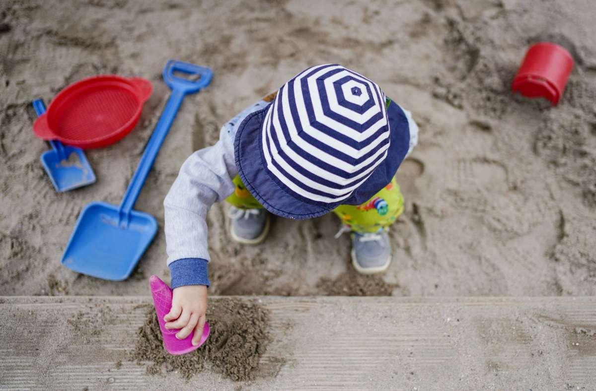 In einem Kindergarten in Friedrichshafen fällt das Sandeln zwei Tage lang aus. Foto: dpa/Uwe Anspach