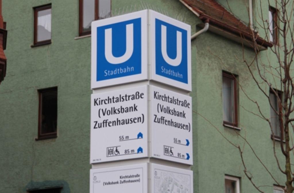 Mehr als nur Kirchtalstraße: die Haltestelle in Zuffenhausen. Foto: Chris Lederer