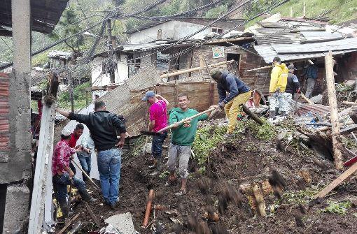 Erneute Erdrutsche fordern mindestens 14 Tote