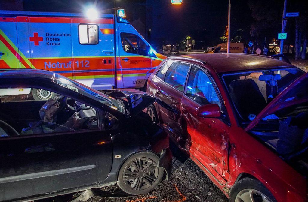 Durch den Unfall entstand ein Schaden in Höhe von 8000 Euro. Foto: SDMG/Dettenmeyer