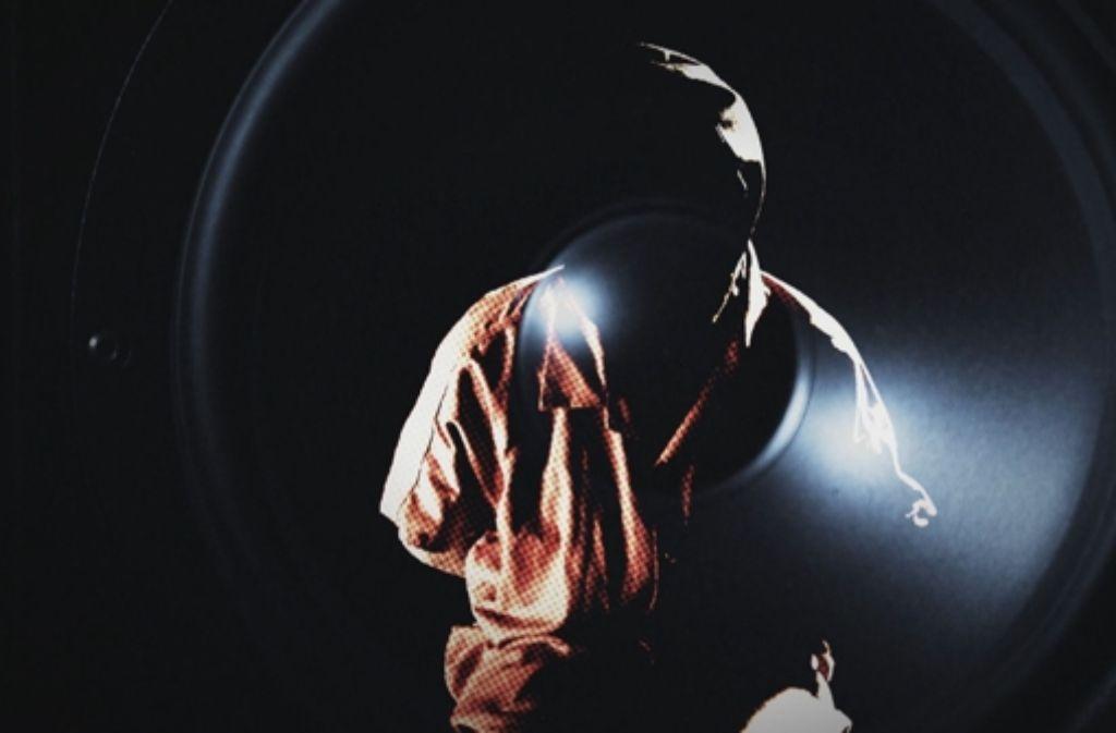"""Das Filmplakat von  Chytroscheks Werk """"Musik als Waffe"""", in dem er zeigt, wie   Musik in den Händen von Militärstrategen zu einem schrecklichen Instrument wird. Foto: a&o buero"""