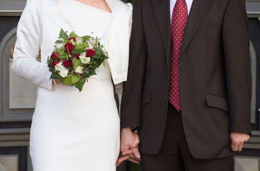 Überlebende heiraten in Hongkong