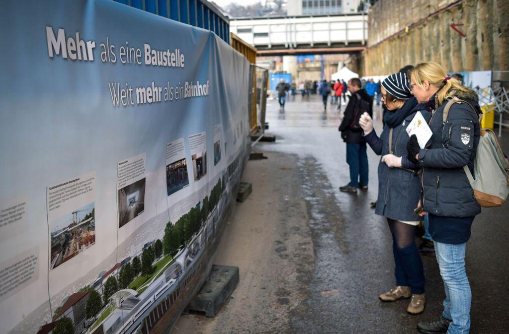 Die Tage der offenen Baustelle bei S 21 gelten als Erfolg, die Werbesprüche dafür finden weniger Gefallen. Foto: Lichtgut/Max Kovalenko