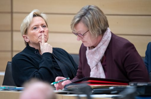 Kultusministerin fordert zur Hilfe für Privatschulen auf