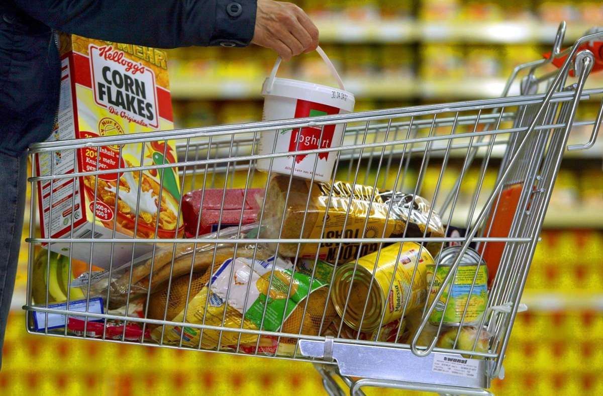 Lebensmittel wird es auch weiterhin am Standort Bernhausen geben. Foto: dpa/Karl-Josef Hildenbrand