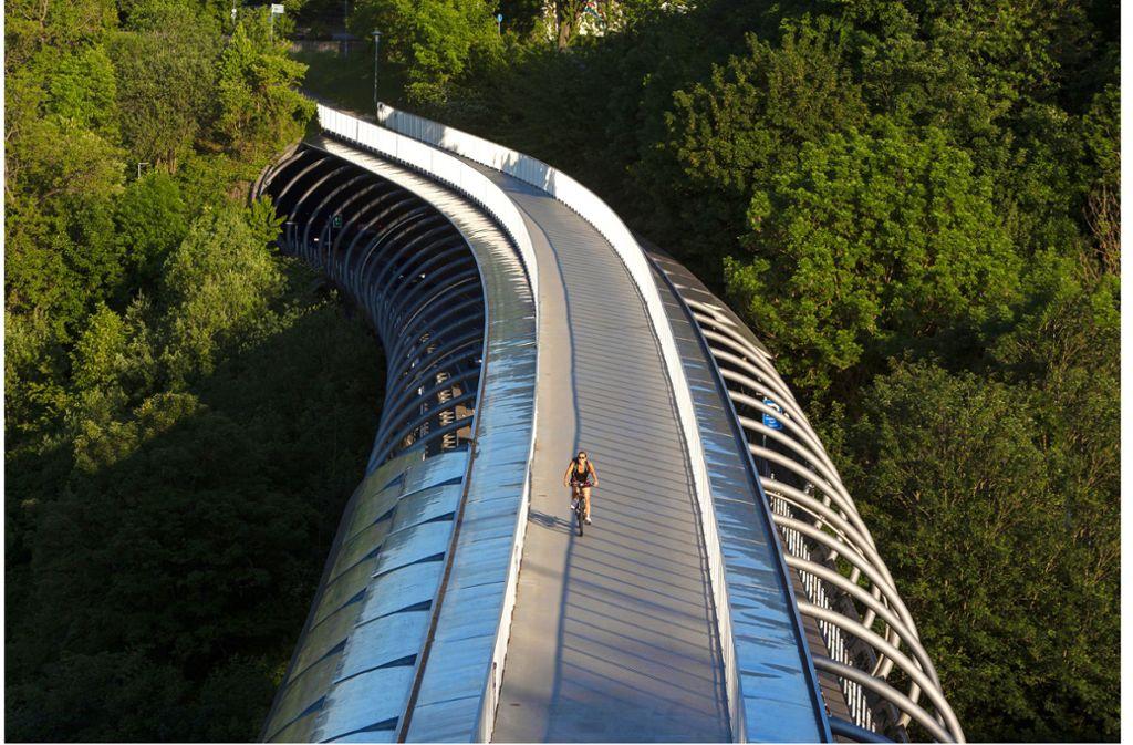 Die Brücke über dem Nesenbachtal bei Vaihingen Foto: Wilhelm Mierendorf