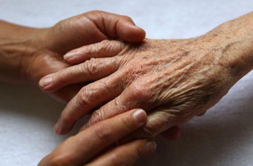 """Vater und Sohn"" klingeln bei 85-Jähriger"