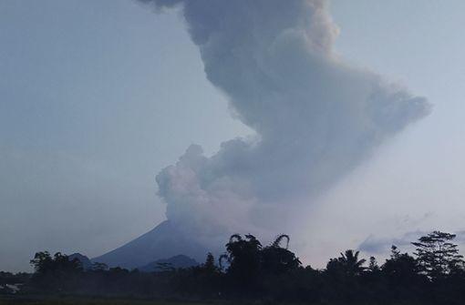 6000 Meter hohe Aschewolke nach Vulkanausbruch