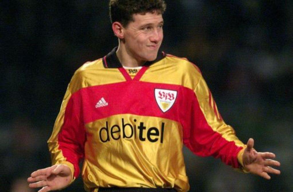 Da war die Brust des VfB Stuttgart noch blank: Im Januar.