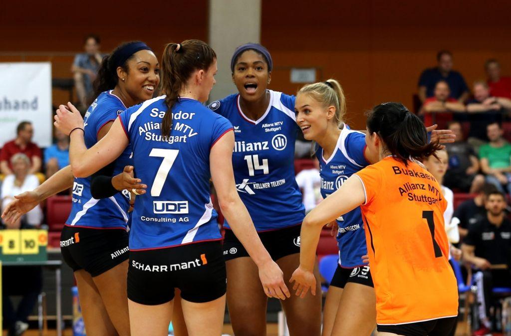 Stuttgarts Volleyballerinnen starten die Heim-Premiere. Foto: Baumann