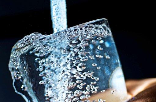 Beim Thema Trinkwasser haben sich  Kartellamt und EnBW nicht einigen können. Foto: dpa