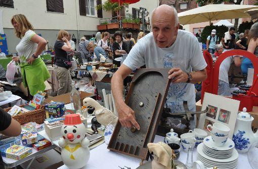 Großer Straßenflohmarkt in Gablenberg