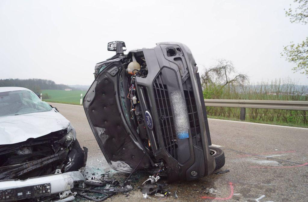 Die beteiligten Autos waren mussten abgeschleppt werden. Foto: 7aktuell.de/F. Hessenauer