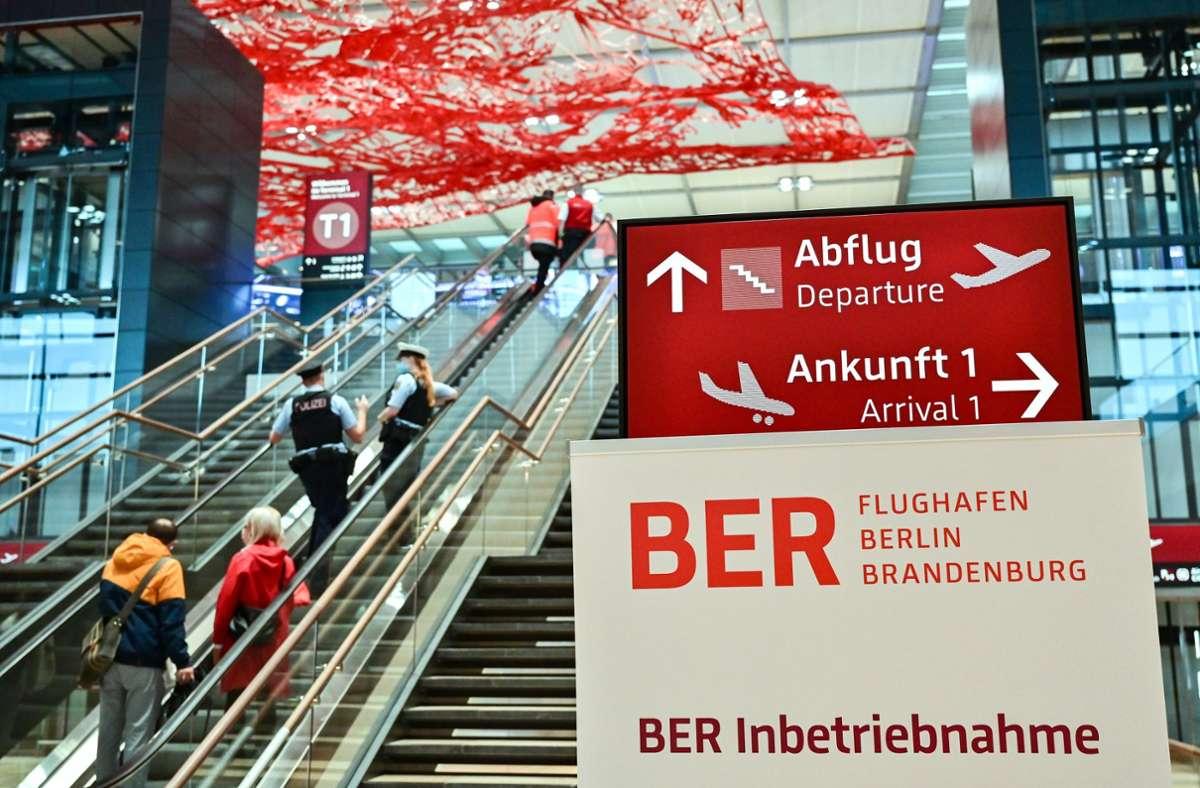 Der neue Berliner Flughafen ist in Betrieb. Foto: dpa/Patrick Pleul