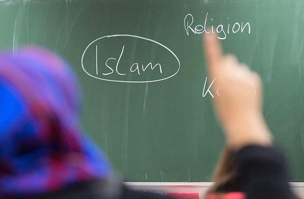 In Bayerns Schulen längst angekommen: der Islamunterricht Foto: dpa