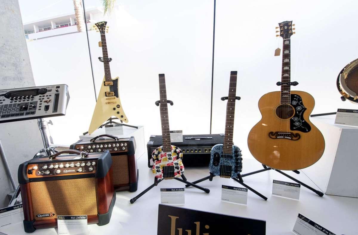 Teile der Gretsch-Instrumentensammlung Foto: AFP/VALERIE MACON