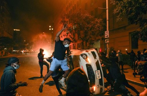US-Präsident Trump wird wegen der Proteste kurzzeitig in Bunker gebracht