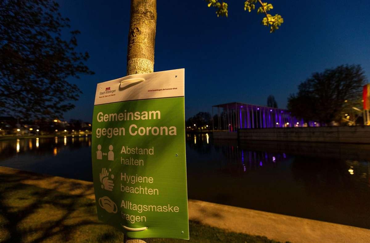 Auch mit sinkenden Fallzahlen sollten die Hygieneregeln noch eingehalten werden. Foto: Eibner/Drofitsch