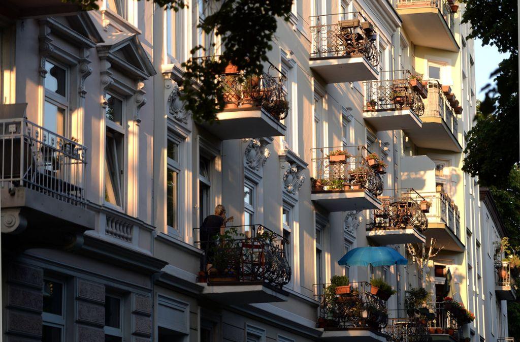 Die Grundsteuer geht zunächst einmal alle Wohnungseigentümer an – mittelbar aber auch die Mieter. Sie kann umgelegt werden Foto: dpa/Marcus Brandt