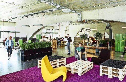 autobauer entwickelt neue angebote porsche will die digitale welt erobern wirtschaft. Black Bedroom Furniture Sets. Home Design Ideas
