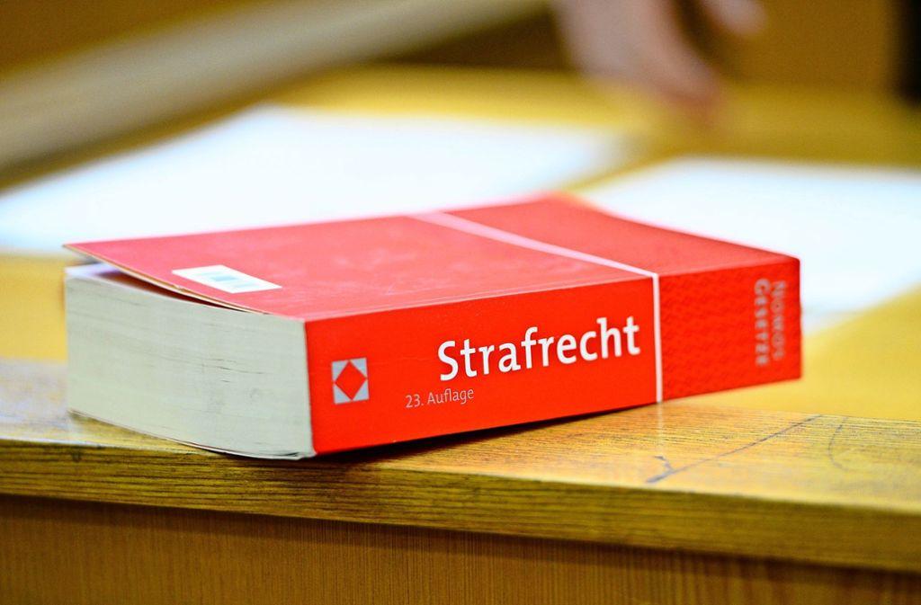 Das Landgericht Stuttgart hat eine Bewährungsstrafe gegen zwei dubiose Heilerinnen aus Möglingen ausgesprochen. Foto: dpa