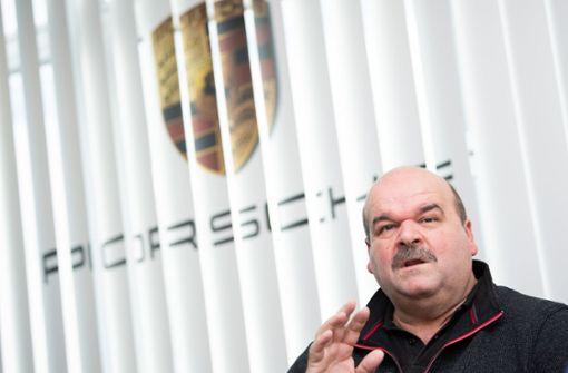 Porsche-Betriebsrat will zehn Jahre Beschäftigungssicherung