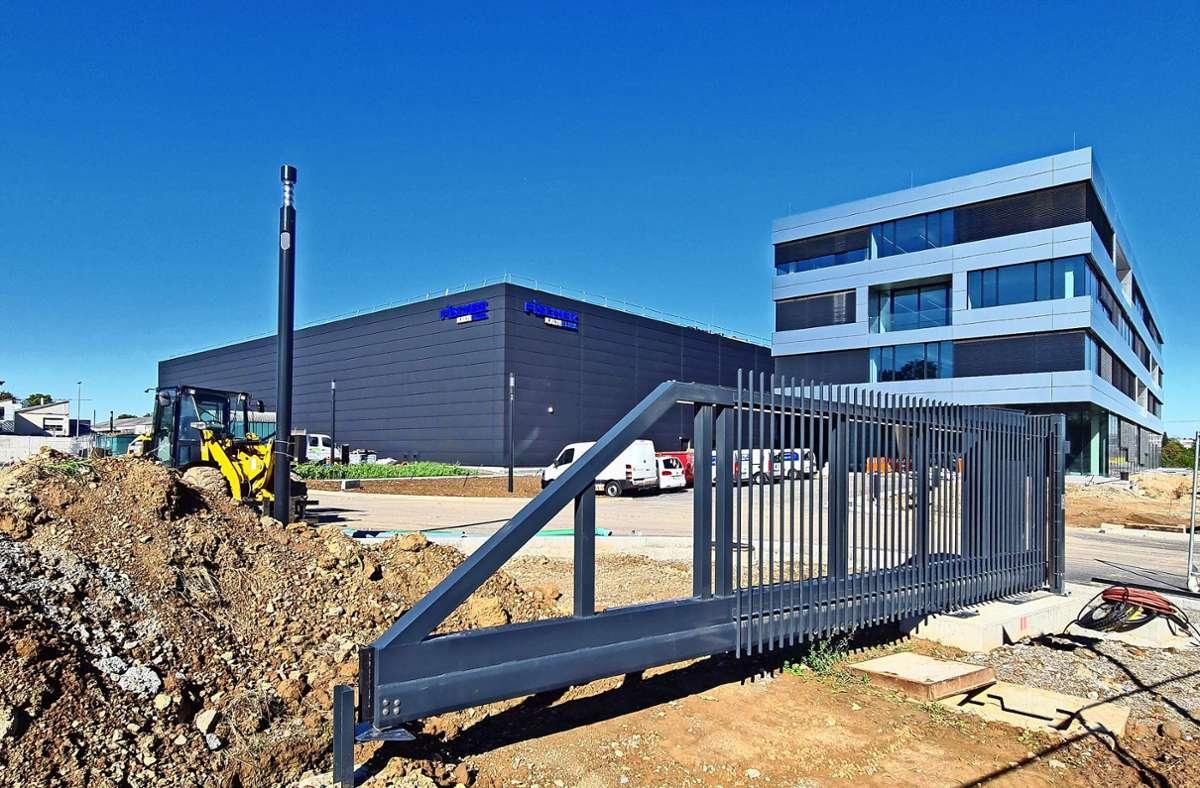Von Untertürkheim nach Kernen: Die  Firma Kälte-Fischer residiert seit einigen Tagen in ihrer neuen Hauptniederlassung in Rommelshausen. Foto: Patricia Sigerist