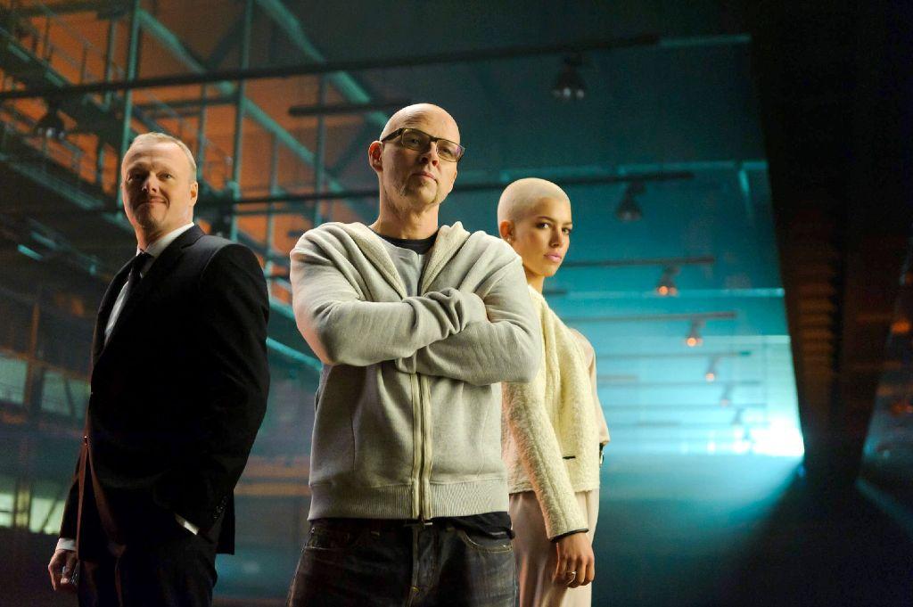 """Stefan Raab, Thomas D. und Alina Süggeler (von links nach rechts) suchen von Donnerstagabend an nach einem """"Star für Baku"""". Foto: NDR"""