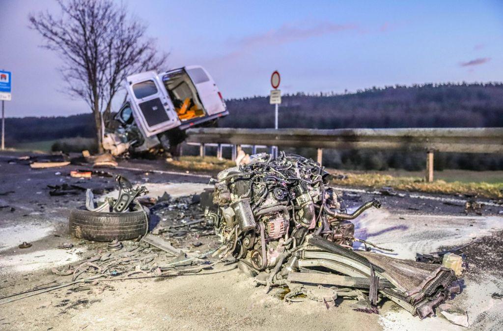 Bei Simmozheim kam es am Mittwoch zu einem schweren Verkehrsunfall. Foto: 7aktuell.de/Fabian Geier