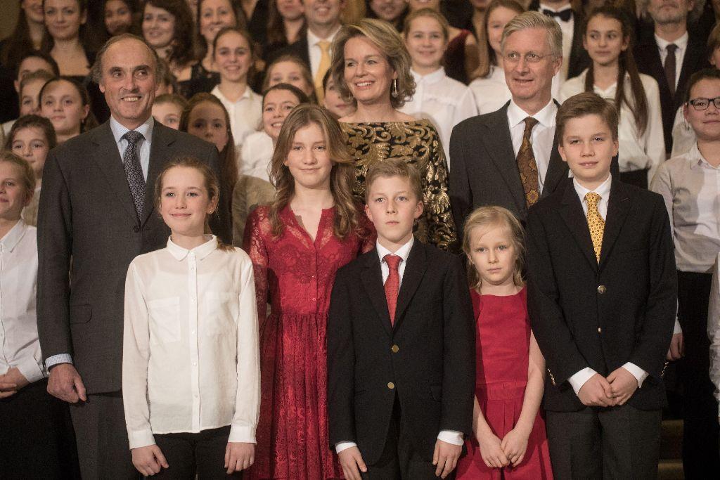 21. Dezember 2016: In Reih und Glied hat sich die belgische Königsfamilie am Mittwoch in Brüssel ein Weihnachtskonzert angehört. Foto: Getty Images