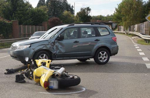 Unfall: Biker wird lebensgefährlich verletzt