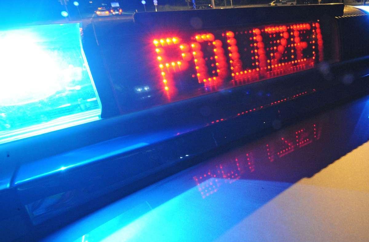 Laut Polizei wurde der Vater angezeigt. (Symbolbild) Foto: picture alliance / Patrick Seege/Patrick Seeger
