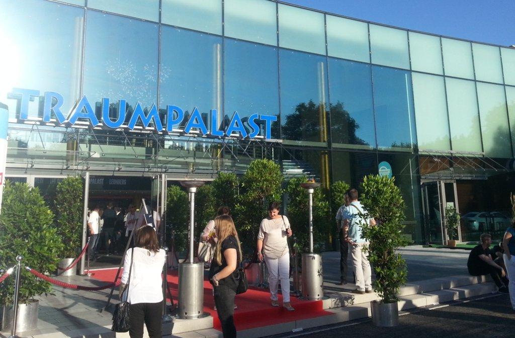 Endlich ist es fertig, am Donnerstag eröffnet es: das neue Leonberger Kino. Foto: LKZ