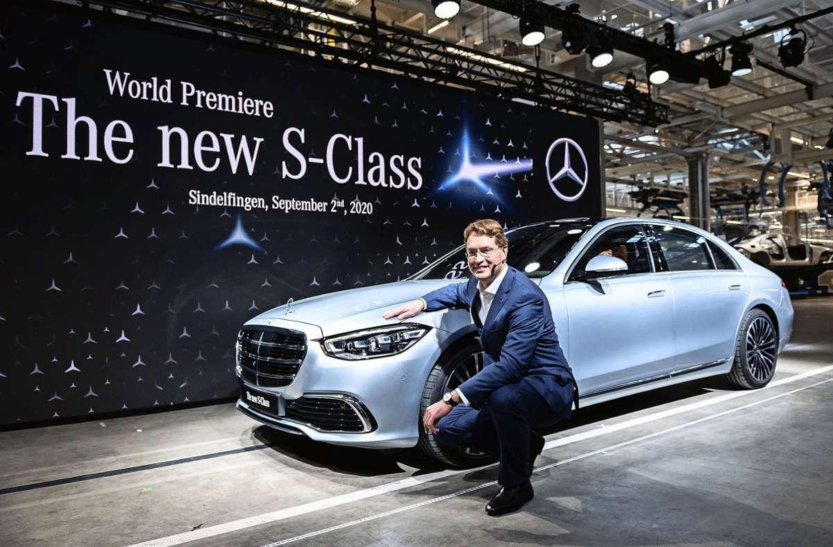 Vor knapp zwei Jahren hat Daimler-Chef Ola Källenius eine neue S-Klasse vorgestellt. Foto: dpa/Silas Stein