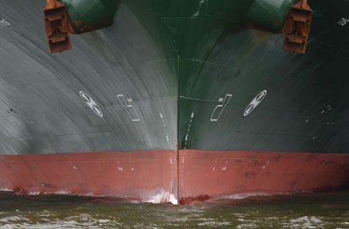 Acht Seeleute von deutschem Schiff entführt